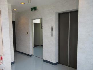 ホール(2階部分)