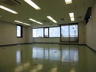 事務所(北西から撮影)