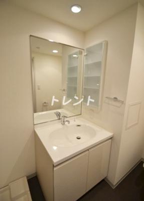 【独立洗面台】エスティメゾン東新宿