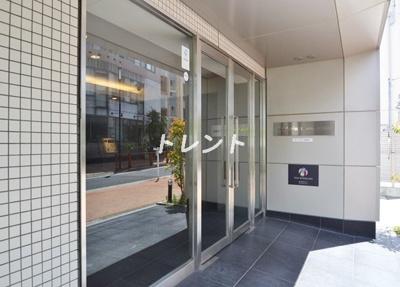 【エントランス】エスティメゾン東新宿