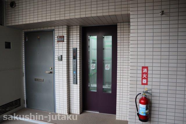 エレベーター停止階