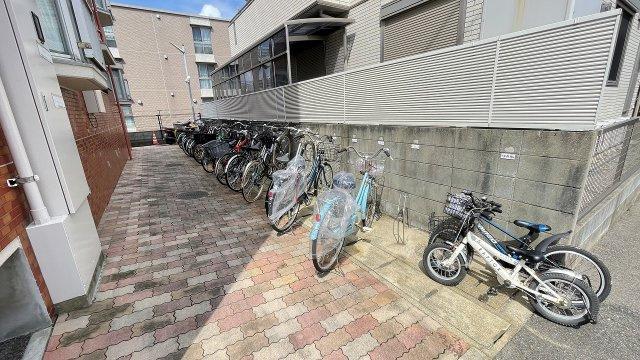 【駐輪場】エメラルドマンション姪浜Ⅲ