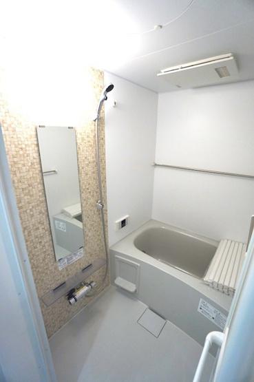 【浴室】アーモンドの花