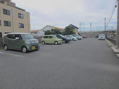 【駐車場】プレゼンス