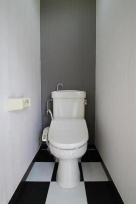 トイレの床もお洒落