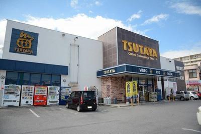 TSUTAYA 糸満店まで700m