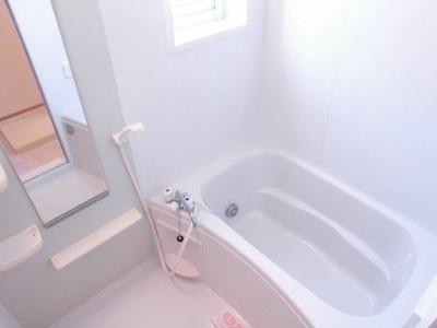 【浴室】パンシオン B