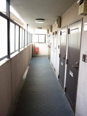 「共用廊下」
