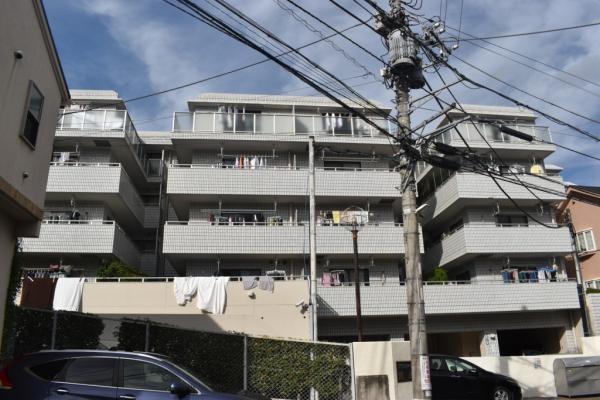 4階建て2階部分の南向きにつき陽当り良好 新規内装フルリフォーム済み 安心のアフターサービス保証付き 住宅ローン減税適合物件