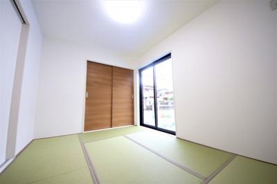 6帖の和室スペース 収納スペース付き