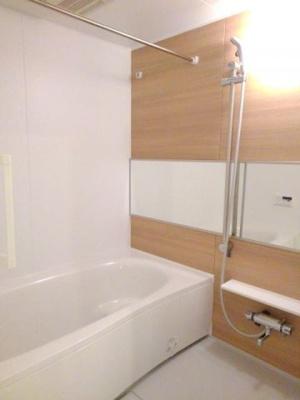 【浴室】アールスメールⅡ