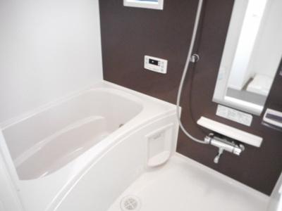 【浴室】レッド・リーブスⅦ