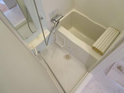 【浴室】ドルチェ中野壱番館