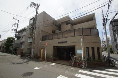 京浜東北線「川崎駅」徒歩16分のマンションです。