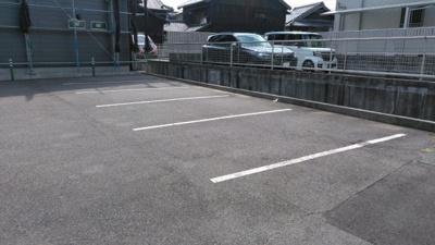 新正1丁目駐車場S