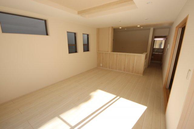 緑区大字三室991-2(1号棟)新築一戸建てブルーミングガーデン
