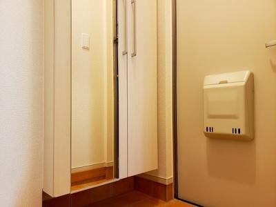【玄関】ブライトハウス