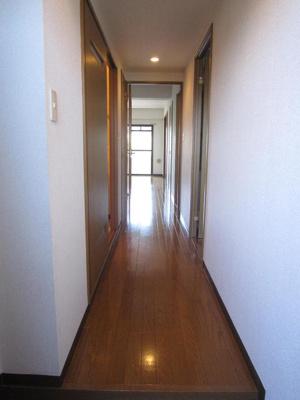玄関廊下です。