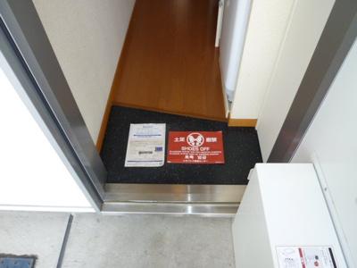 【玄関】レオパレスクララⅡ