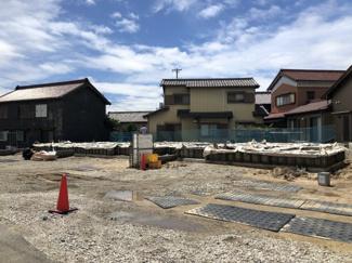 碧南市西浜町3丁目新築分譲住宅全体写真です。2021年8月撮影