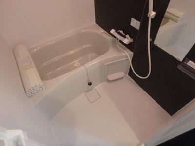 【浴室】ラージヒル長瀬WEST