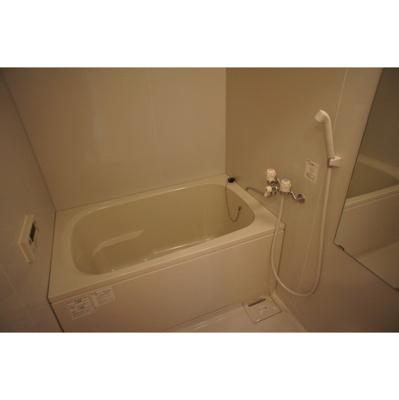 【浴室】ブルールイイヅカ