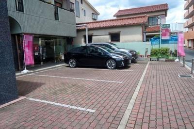 【駐車場】ウェルシーコート高槻
