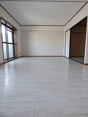 【居間・リビング】ルミナス本山