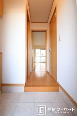 【玄関】フラワーアベニュー五番館
