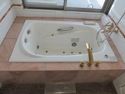 高機能なバスルーム