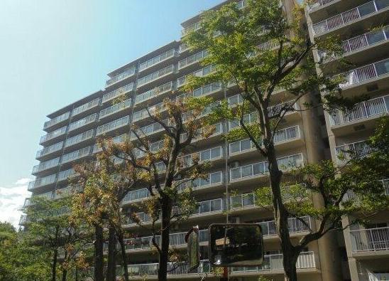 最上階の南向きにつき陽当り・眺望良好 3方角部屋 大切なペットと一緒に暮らせます 新規内装リノベーション 住宅ローン減税適合物件