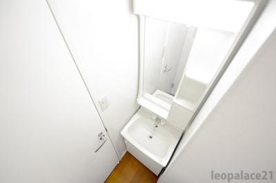 【独立洗面台】レオパレスメルベーユ