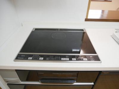 【キッチン】ウィステリア中田