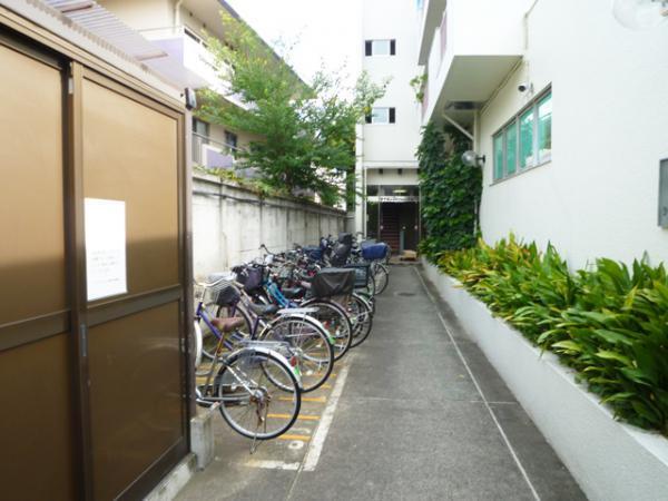 【駐輪場】ライオンズマンション新高円寺