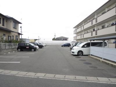 【駐車場】エピセア