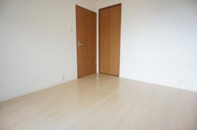 【寝室】清川六番館