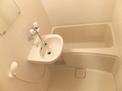 【浴室】レオパレスボヌールTAJIMA