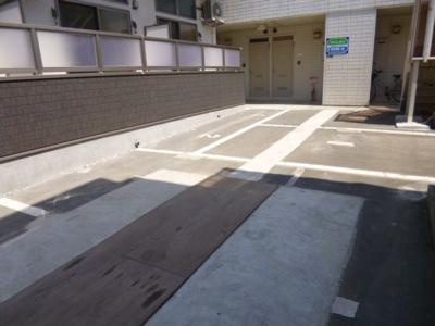 【駐車場】カトレヤⅡ
