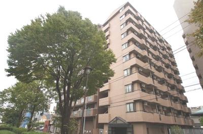 阪東橋駅徒歩4分のマンションです。