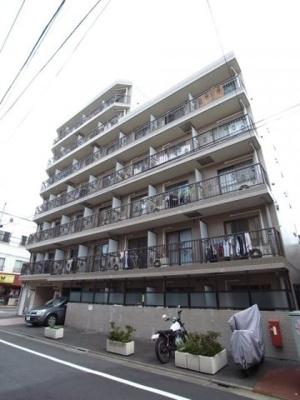 東急多摩川線「鵜の木駅」徒歩5分の駅近マンションです。
