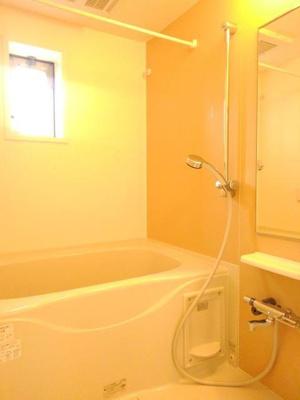 【浴室】ヴィオーラ中町