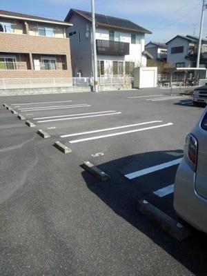 【駐車場】アルバータ Ⅱ