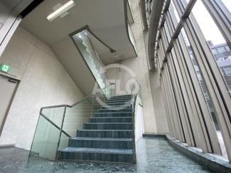 アクア堂島フォンターナ 共用階段