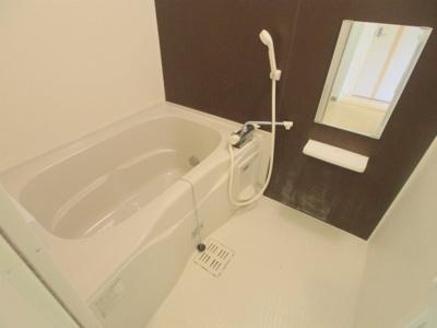 【浴室】メゾン・ド・ソレイユM.T.