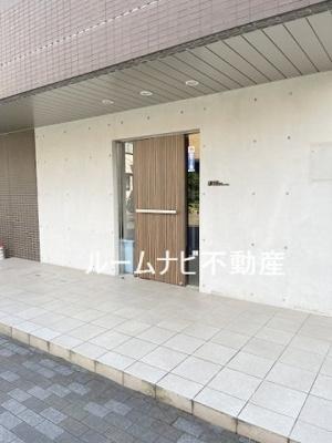 【エントランス】ラグジュアリーアパートメント赤羽西#02