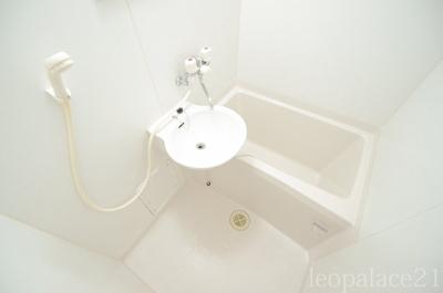 【浴室】レオパレスB フリーゼ