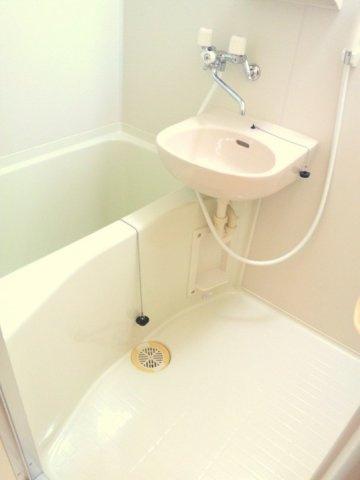 【浴室】レオパレスメムロⅡ
