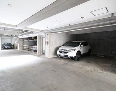 エクレールガーデン松原の駐車場です。