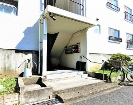 【エントランス】船橋ハイツ3号棟