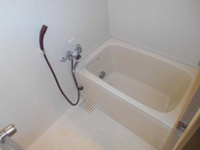 【浴室】グリタァ六角橋